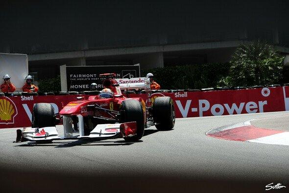 Fernando Alonso setzte sich am Donnerstag in Szene - Foto: Sutton