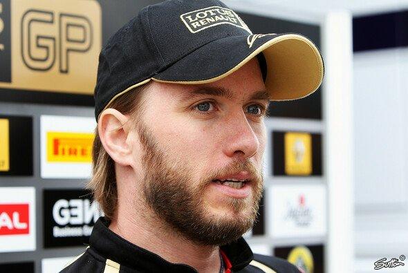 Nick Heidfeld tat sich mit den Bedinungen am Freitag in Silverstone in seinem Lotus Renault noch etwas schwer