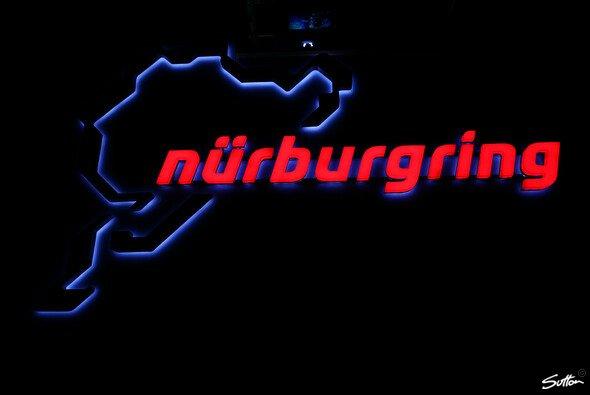 Der Nürburgring ist verkauft. - Foto: Sutton