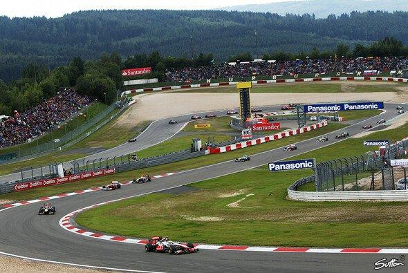 Der ADAC bekundet Interesse am Kauf des Nürburgrings - Foto: Sutton