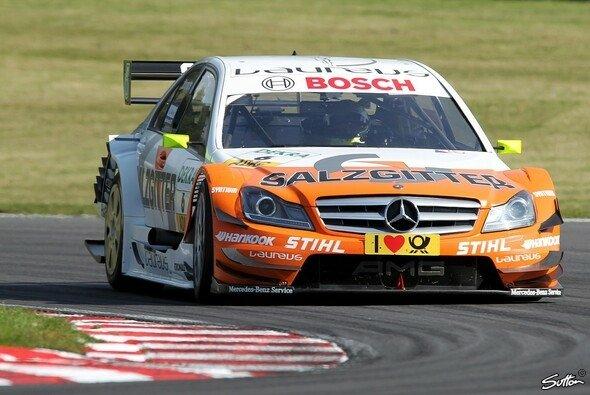 Ralf Schumacher schnappte sich die Bestzeit im 2. Training - Foto: Sutton