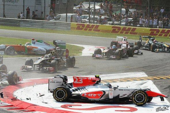 Kurz nach dem Einschlag - Vitantonio Liuzzi verursachte in Monza eine heftige Startkollision