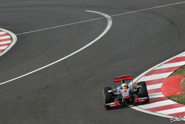 Lewis Hamilton durchbrach Red Bulls Dominanz im Qualifying - Foto: Sutton