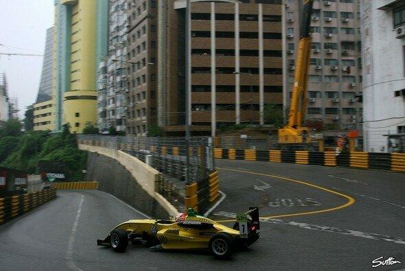 Vorbereitung für den Klassiker: In Macau war Nasr mit Carlin schon 2011 unterwegs