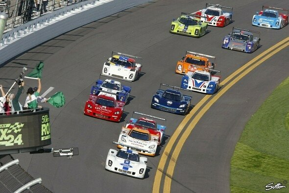 Der Start zu den 24 Stunden von Daytona 2012