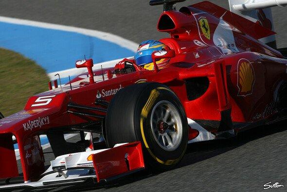Alonso fährt Bestzeit in Jerez