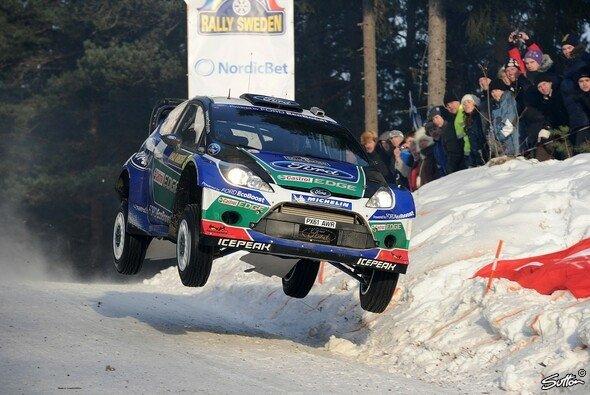 Jari-Matti Latvala fährt seinem zweiten Schweden-Sieg entgegen