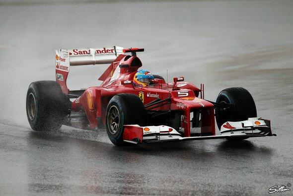 Ferrari geht es bislang nur im Nassen gut