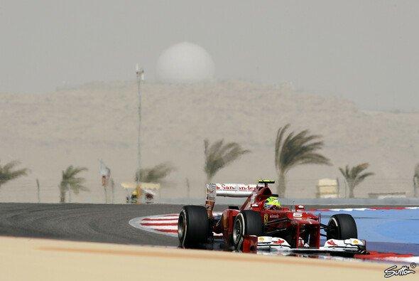 Felipe Massa freute sich über seine ersten Punkte der Saison - Foto: Sutton