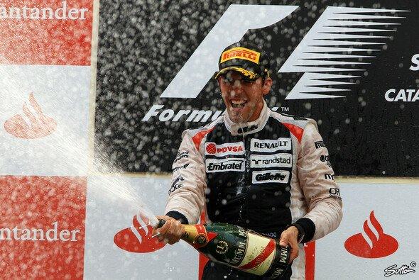 Die Sternstunde der Karriere von Pastor Maldonado: Der Sieg beim Großen Preis von Spanien 2012 - Foto: Sutton
