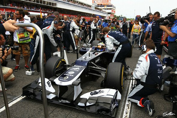 In Barcelona bescherte Pastor Maldonado Williams den ersten Sieg seit knapp acht Jahren - Foto: Sutton