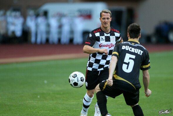 Michael Schumacher wird ebenso wie einige seiner Kollegen für den guten Zweck spielen