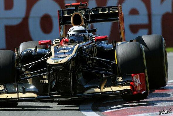 Kimi Räikkönen kämpft mit einem wetterwendischen Auto - Foto: Sutton
