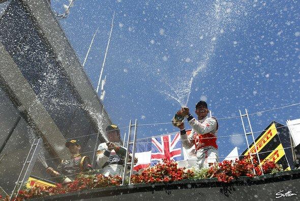 Lewis Hamilton als Gewinner Nummer sieben auf dem Podest in Kanada