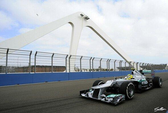 Ein blitzsauberer Freitag für das Mercedes-Team gibt Anlass zur Hoffnung