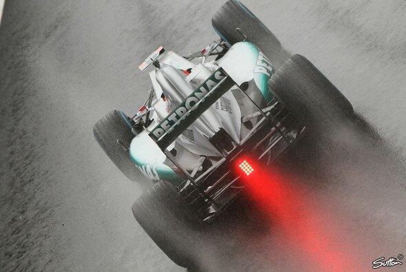 Schumacher räumt sich gute Chancen ein - Foto: Sutton