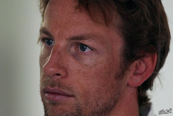 Jenson Button will die Stufennase - Foto: Sutton