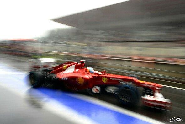 Fernando Alonso schnappte sich die Bestzeit - Foto: Sutton