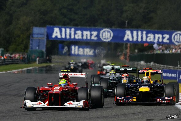 Sebastian Vettel siegte in Suzuka vor Felipe Massa - Foto: Sutton