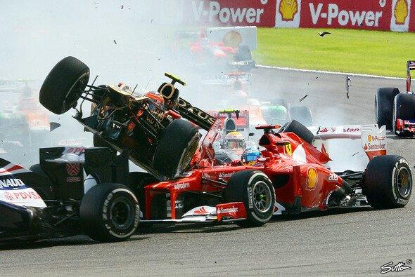 Fernando Alonso schrammte an einer Katastrophe vorbei