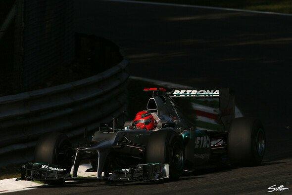Michael Schumacher startete mit einer Bestzeit ins Monza-Wochenende