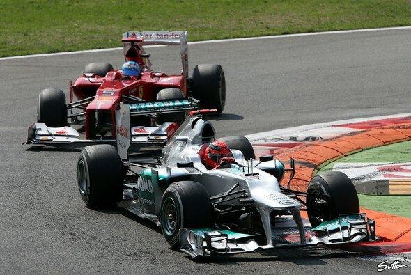 Schumacher und Alonso kamen sich im Qualifying in die Quere