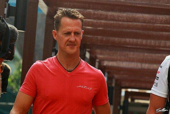 Michael Schumacher kämpft weiter mit dem Leben - Foto: Sutton
