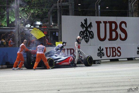 Lewis Hamilton & McLaren entglitt die WM 2012 schnell - Foto: Sutton
