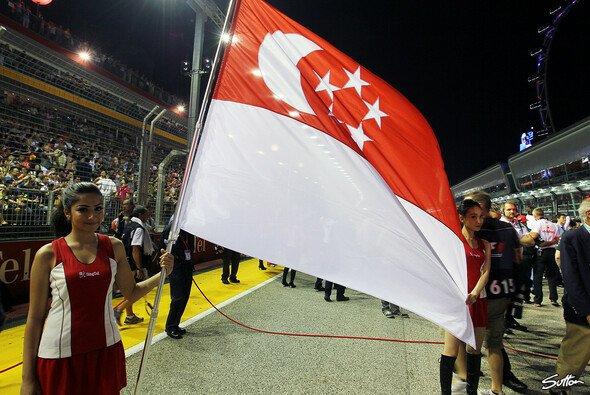 Die Formel 1 gibt in Singapur Gas - Foto: Sutton