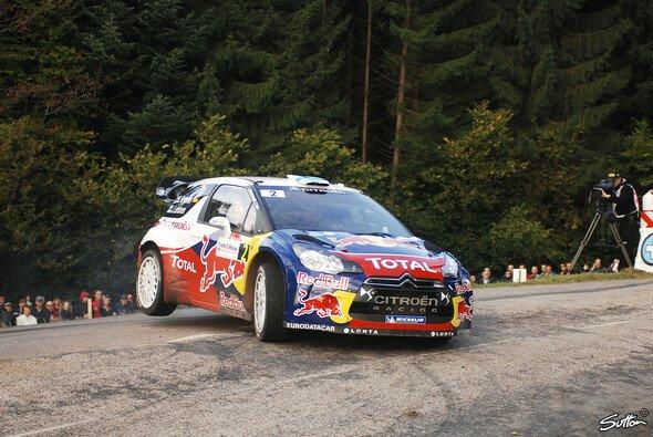 Mikko Hirvonen sicherte mit Platz drei den Herstellertitel für Citroen - Foto: Sutton
