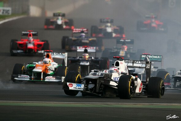 Das war nichts: Kamui Kobayashi räumte Button und Rosberg ab