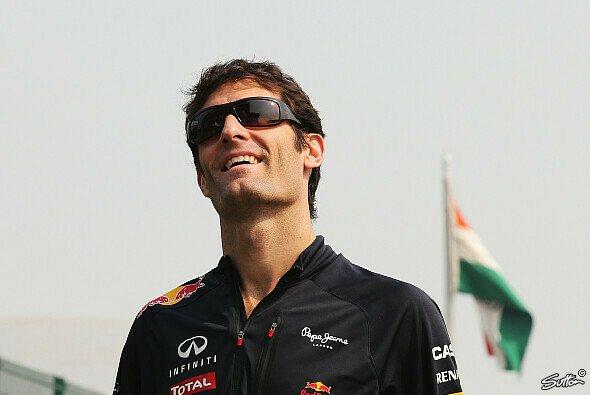 Entstieg der tollkühnen Fahrt durch Neu Delhi in einem Stück und freut sich nun auf den GP: Mark Webber - Foto: Sutton