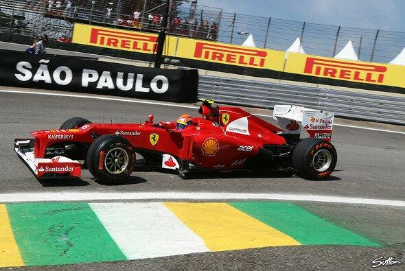Passt farblich ansatzweise zum F2012: Pirellis Prototyp