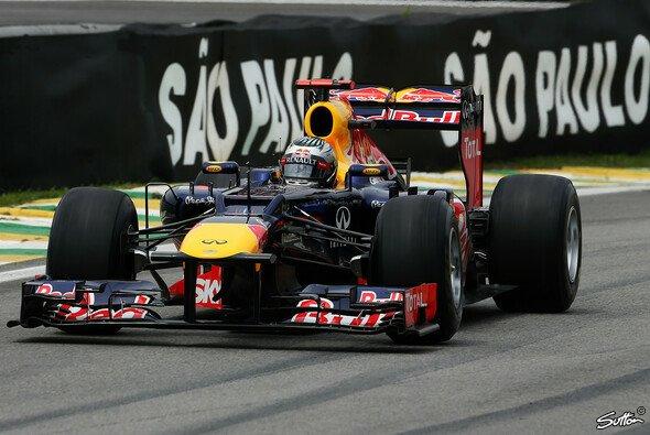 Vettel krönt sich zum dreifachen Champion - Foto: Sutton