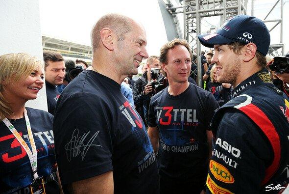 Sebastian Vettel sorgte bei Christian Horner und Adrian Newey für Nervenflattern