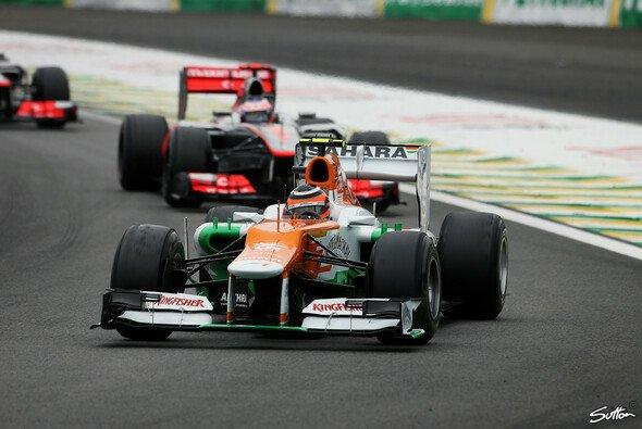 Seltener Anblick: Ein Force India in Führung