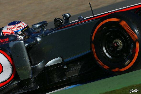 Der raue Asphalt in Jerez setzte den superweichen Reifen stark zu