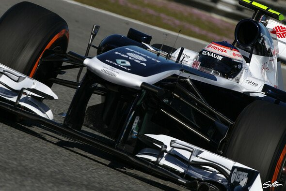 Beim Test in Barcelona stellt Williams den FW35 vor
