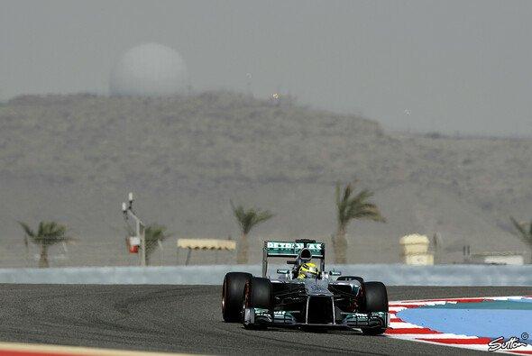 Nico Rosberg erlitt bei 320 km/h einen Reifenschaden beim Bahrain-Test