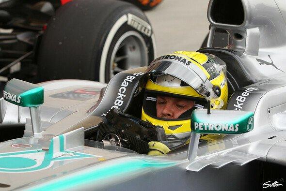 Christian Danner zeigte sich von Nico Rosbergs Pole Position positiv überrascht - Foto: Sutton