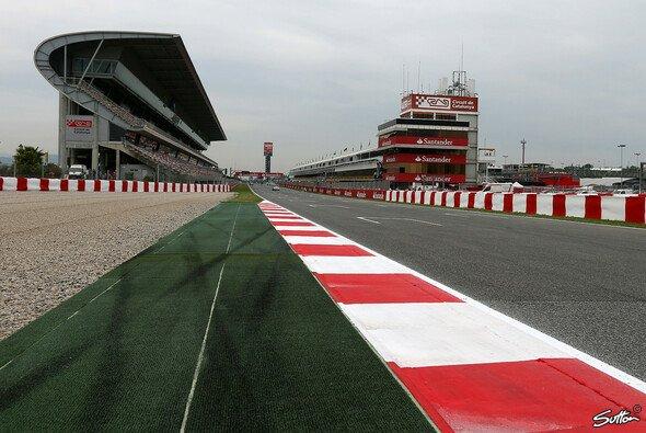 Die Start-und-Zielgerade auf dem Circuit de Cataluny misst rund einen Kilometer