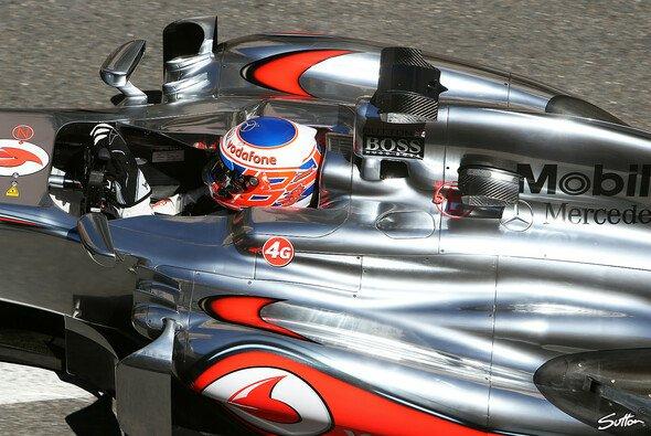 Jenson Button erreichte immerhin zweimal Rang acht - Foto: Sutton