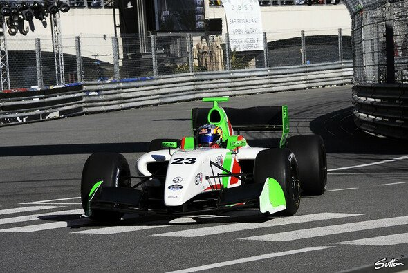 Carlos Sainz Junior hat auf die Verantwortlichen bei Zeta Corse mächtig Eindruck gemacht
