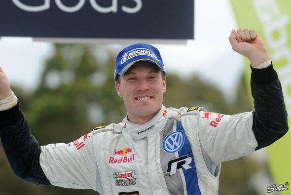 Jari-Matti Latvala hat bewiesen: auch er kann mit VW gewinnen - Foto: Sutton