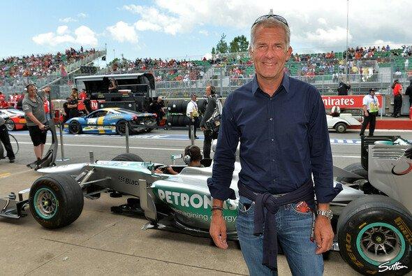 Christian Danner stößt als TV-Experte zum Sat.1-Team für die Formel E - Foto: Sutton