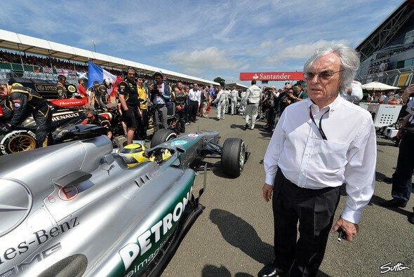 Bernie Ecclestone kann mit Nico Rosberg als Weltmeister nicht viel anfangen - Foto: Sutton