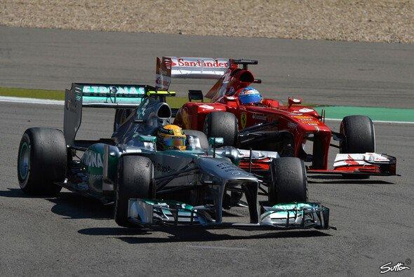 Mercedes hängt Ferrari ab