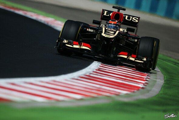 Kimi Räikkönen kämpft mit Teamkollege und Auto