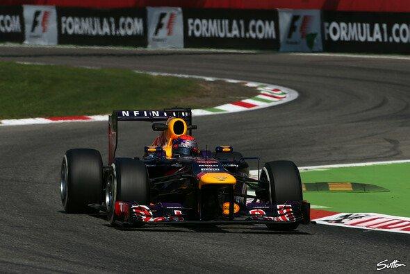 Sebastian Vettel ließ die Konkurrenz hinter sich - Foto: Sutton