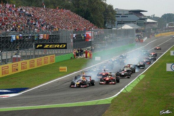 Allein das alljährliche Startspektakel in Kurve eins ist einen Erhalt des Italien GP in Monza wert - Foto: Sutton